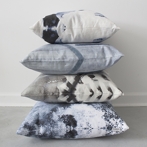 620_pillow_stack_cyrrus